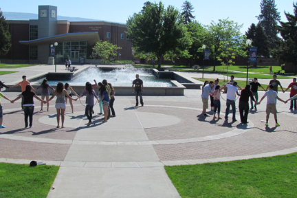 WVC CAMP students around the fountain